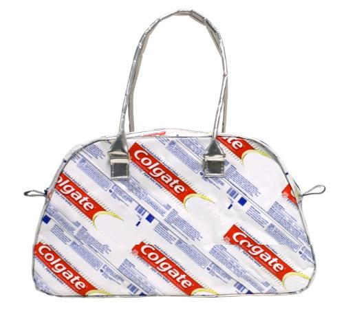 Zahnbürsten Recycling zur Tasche