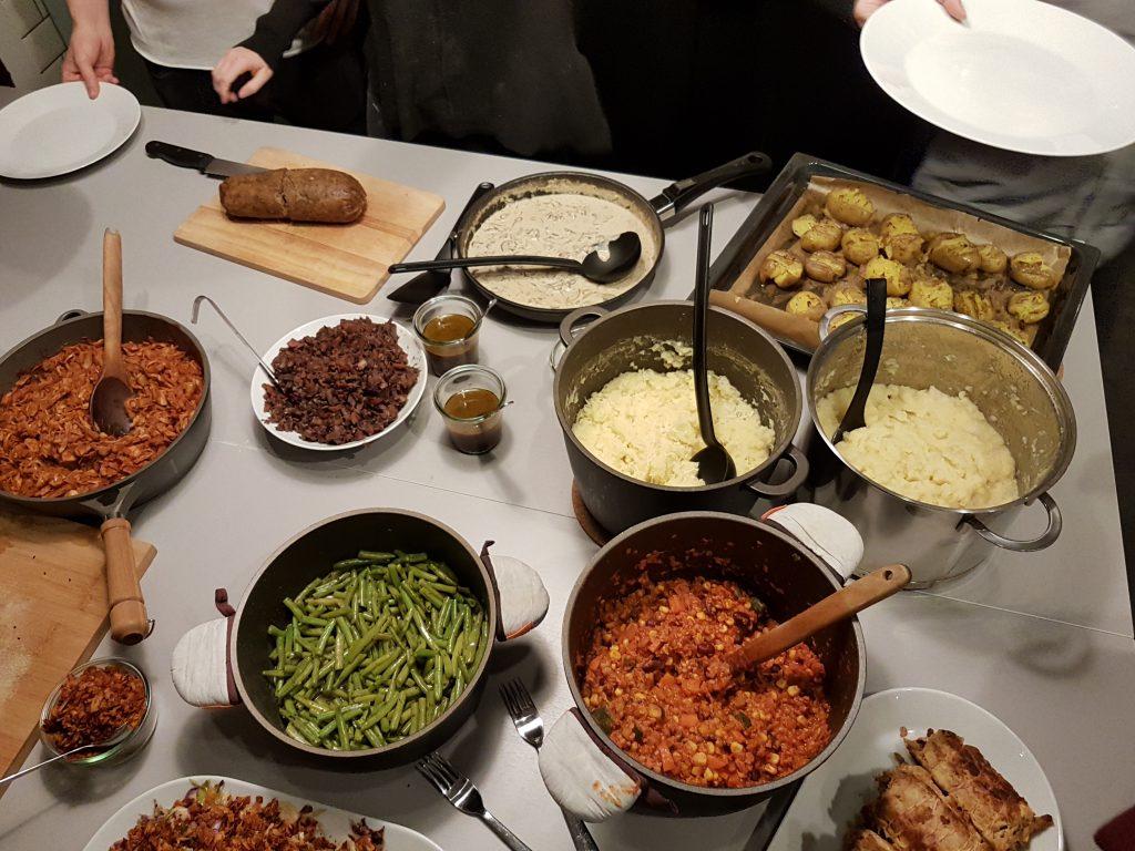 veganes Menü nach einem Abend in der veganen Kochschule Kurkuma